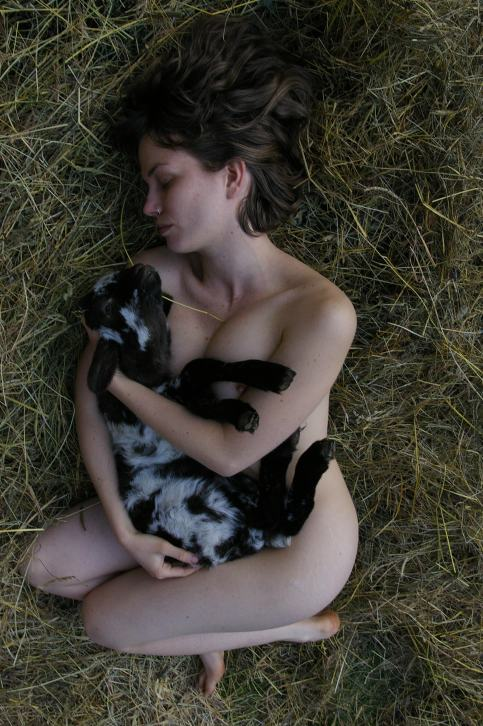 Samantha Sweeting, La Tristesse Durera Toujours, 2009